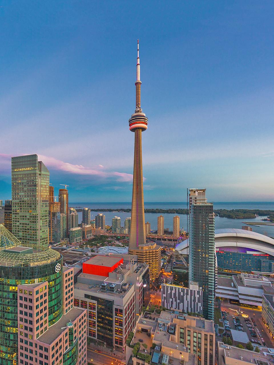 Visiting The Terrific Cn Tower In Toronto Canada